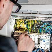electricians in welling