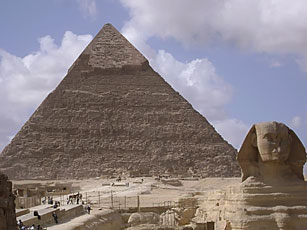 footsteps-inegypt-the-great-pyramids-of-giza-4