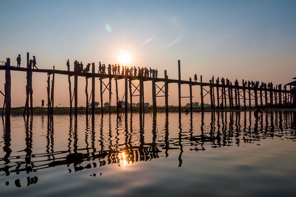 Sunset over the world's longest teak bridge in Mandalay