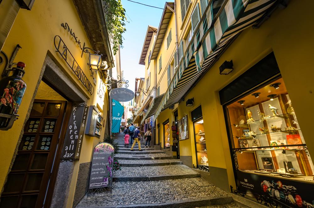The cobblestones of Bellagio