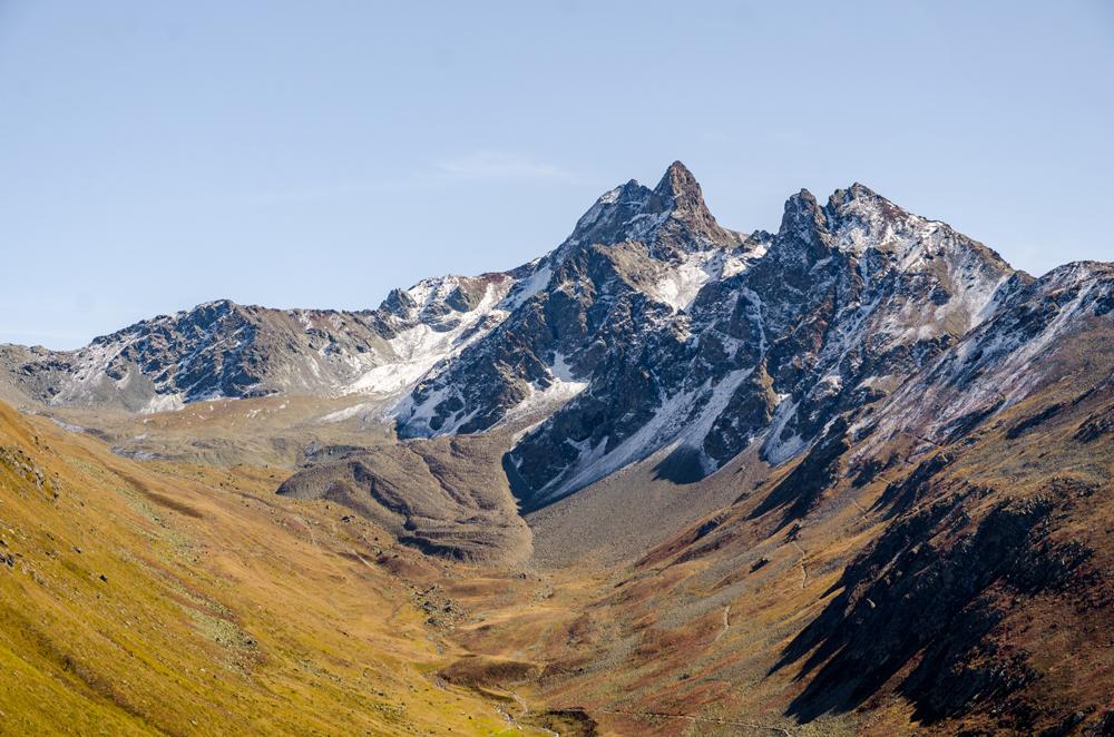 The snow dusted peaks of Muottas Muragl