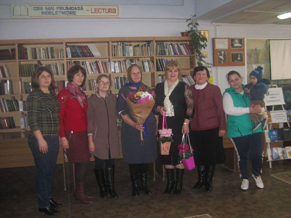Întâlnire la Leova cu scriitoarea Ana Onică