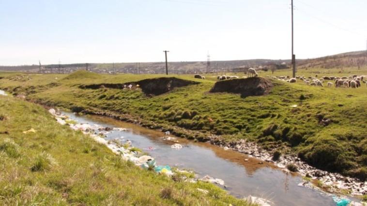O problemă acută - aprovizionarea  cu apă și serviciile de canalizare
