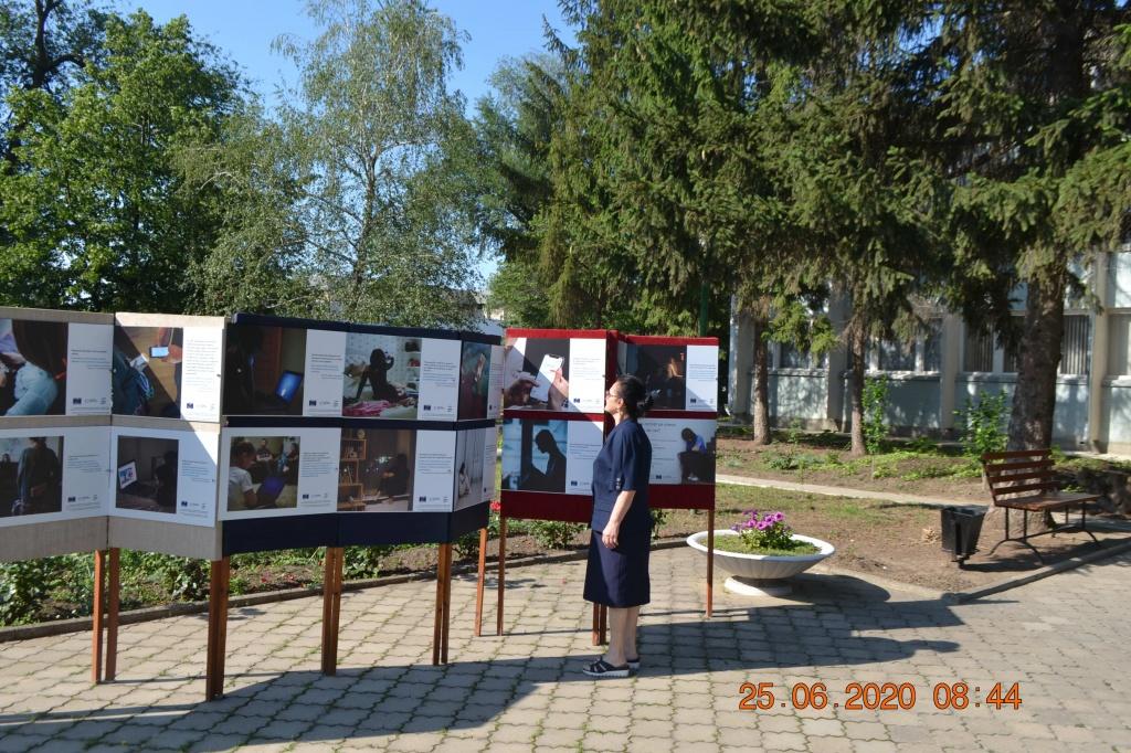 Expoziție de fotografii  vernisată în orașul Leova