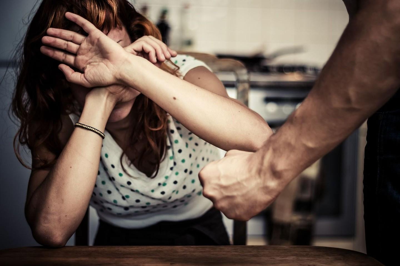 Numărul cazurilor de violența  în familie, în creștere