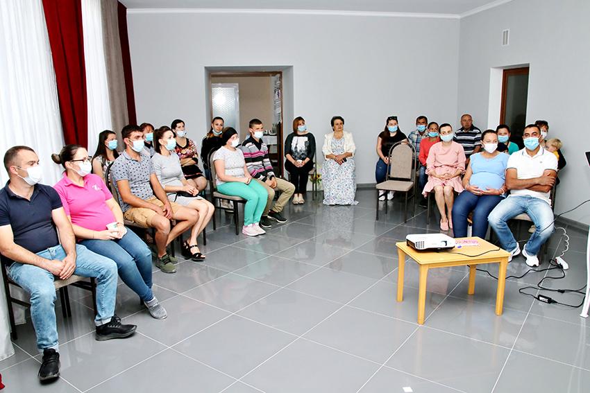 O școală a viitorilor părinți,  organizată la Selemet, raionul Cimișlia