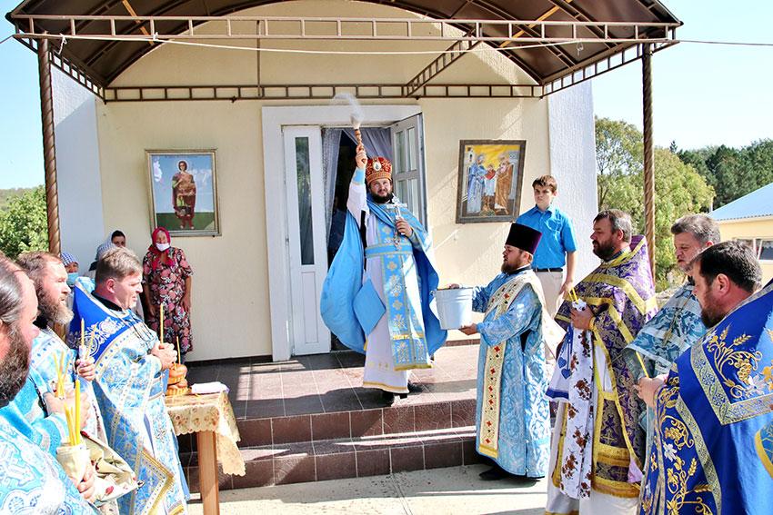 Omagierea sfinților și drepților părinți dumnezeiești, Ioachim și Ana
