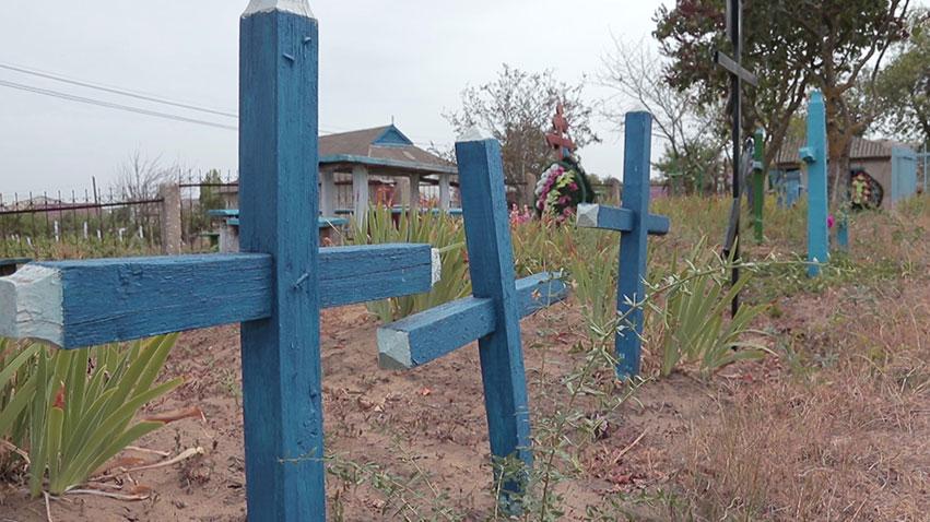 Nu mai este loc. Primăria Batîr caută soluții pentru a lărgi cimitirul (video)
