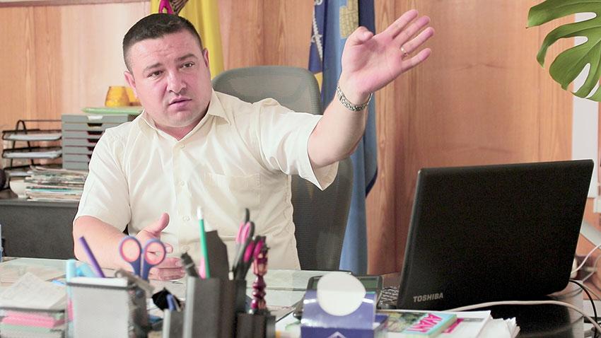 """Sergiu ANDRONACHI:  """"În Cimișlia avem 114 km de drumuri, dintre care vreo 14 sunt asfaltați"""""""