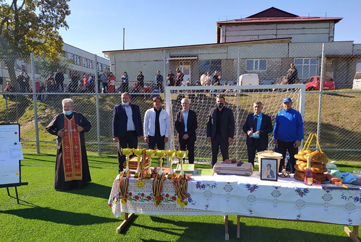 A fost inaugurat un teren de minifotbal la baștina dinastiei Epureanu