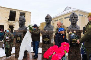 În Filipeni a fost inaugurat monumentul eroilor căzuți în războiul din Afganistan