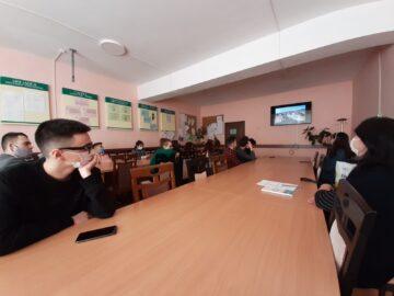 """""""Ecoul din Munții Afganistanului"""". În Liceul Teoretic """"Mihai Eminescu"""" din Leova a fost dedicată o săptămână a  comemorării eroilor căzuți în  Afganistan"""