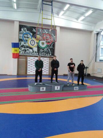 Locuri de frunte pentru sportivii din Cimișlia în cadrul  Campionatul Republicii Moldova la lupte libere, rezervat seniorilor, U - 23