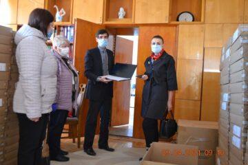 Consiliul Raional Leova a recepționat un lot de 274 laptopuri din partea MECC, care vor acoperi necesitățile elevilor din clasele V-XII