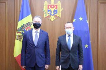 Întrevederea secretarului de stat Dumitru Socolan cu Claude Wild, ambasadorul Confederației Elvețiene
