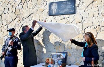 Inaugurarea plăcii comemorative dedicată celui care a fost Iovu Bivol