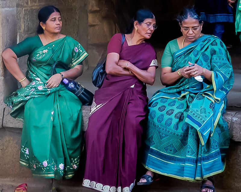 Mobile phone usage India The Bastion