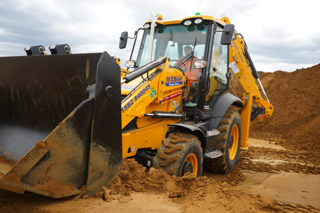 JCB 3CX hire