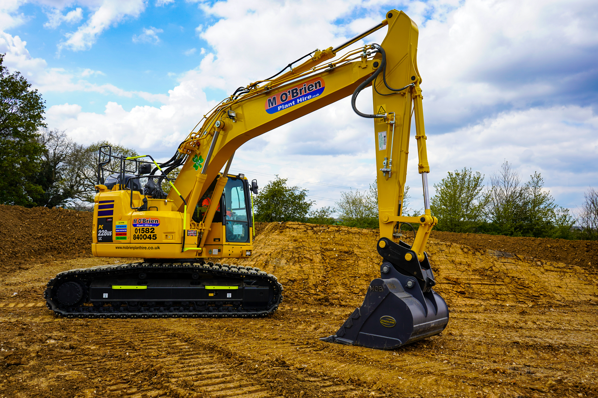 """Featured image for """"M O'Brien Plant Hire expands fleet with Komatsu excavators"""""""