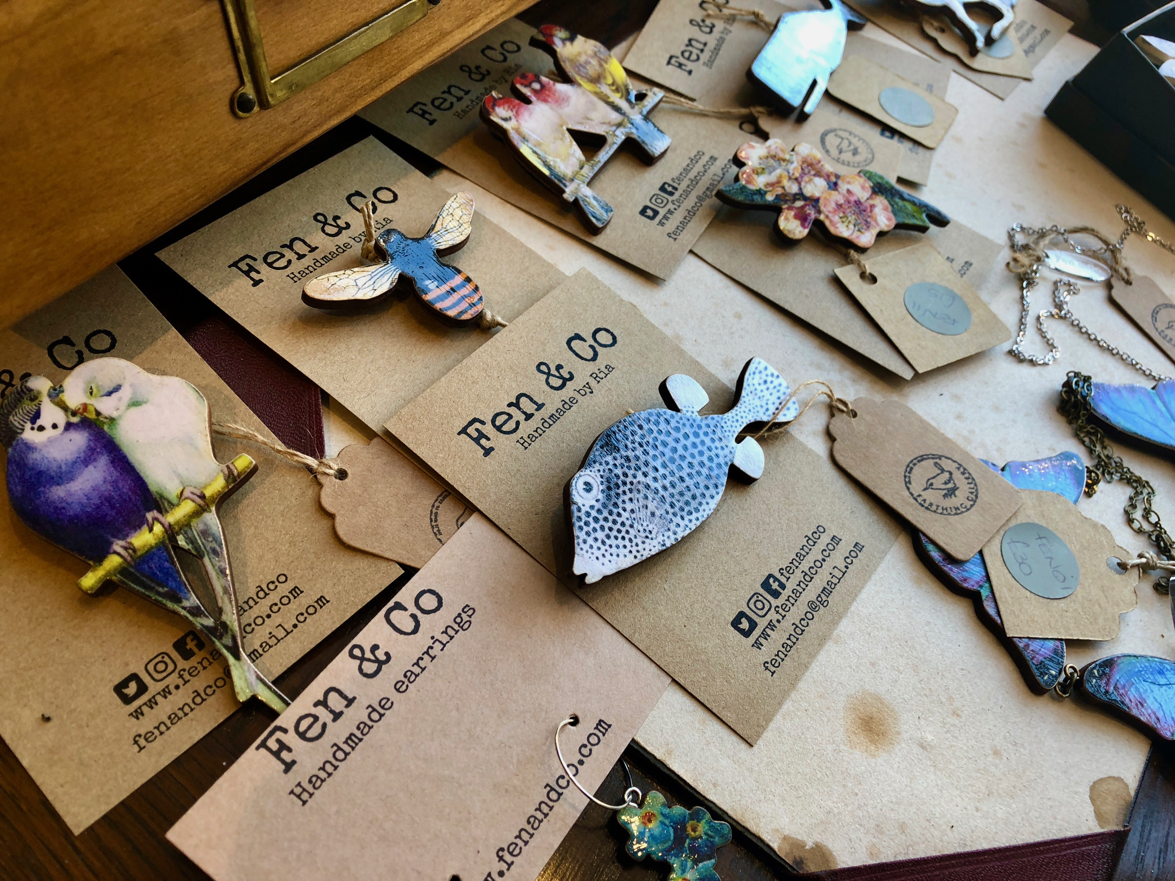 the farthing gallery brooches