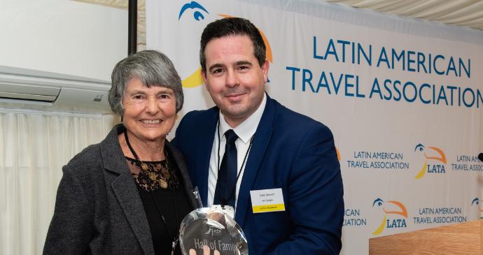 Hilary Bradt receives LATA Award