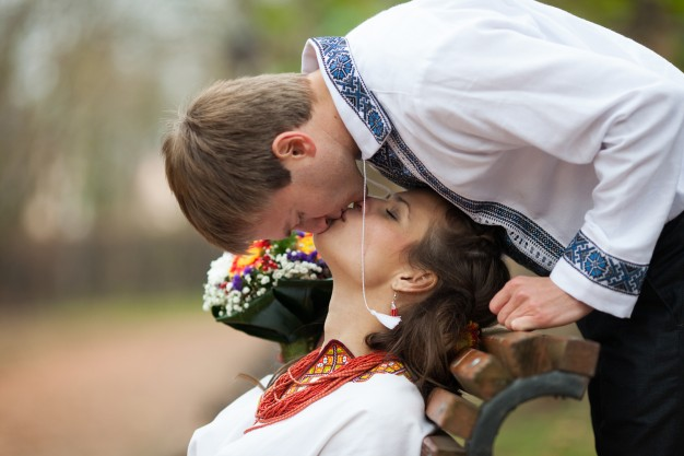 Ukrainian wedding traditions and customs