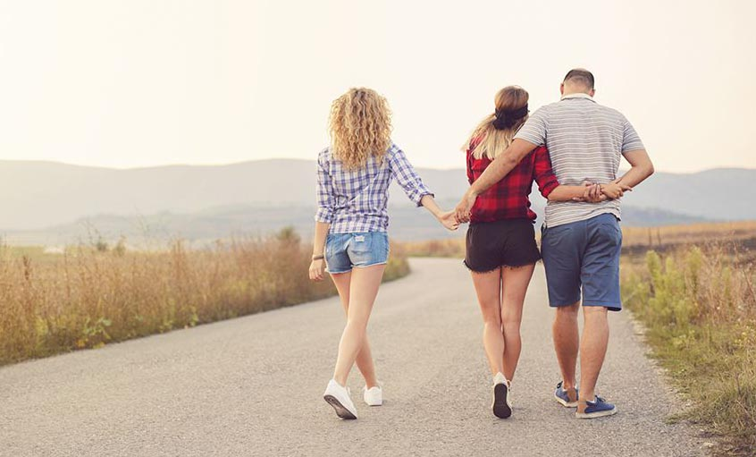 Open Relationship - Meaning, Rules and Examples