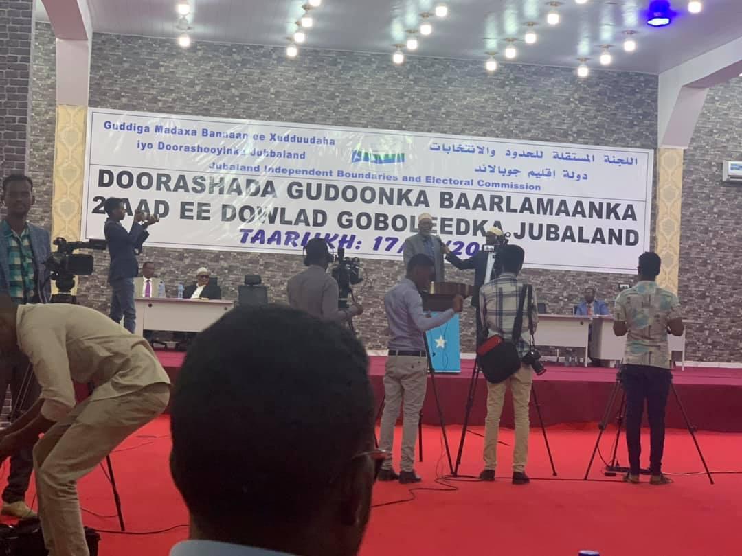 Gudoomiyaha cusub ee Baarlamaanka Jubaland oo lagu doortay magaalada Kismaayo.