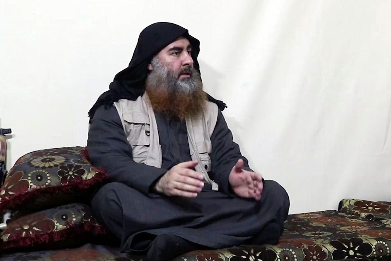 Hoggaamiyaha guud ee Daacish Abuubakar Al-Baqdaadi oo fariin u soo diray Kooxdiisa Soomaaliya.