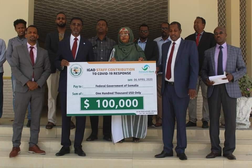 Soomaaliya oo la gudoonsiiyay 100,000 doolar (Maxaa lagu qabanayaa).
