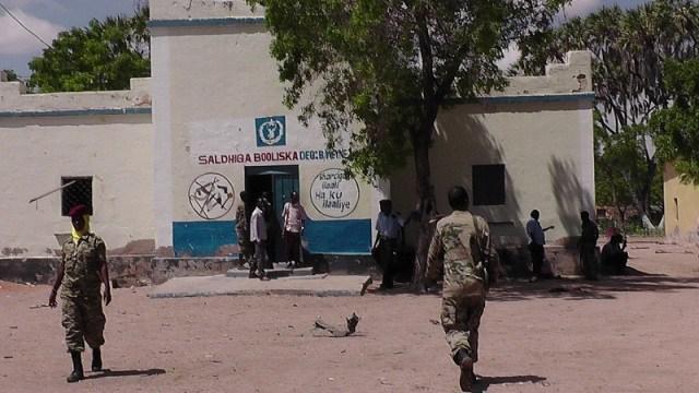 Shabaab oo gurigiisa ku dhex dishay sarkaal kamid ah Macwiisleyda gobolka Hiiraan.
