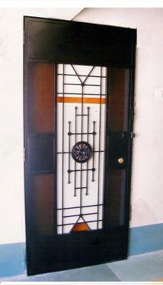 designer-safety-door-02