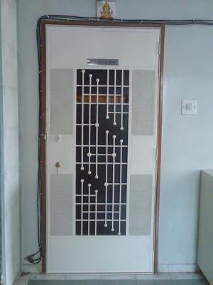 designer-safety-door-05