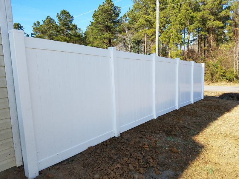 Vinyl fence company in Lancaster