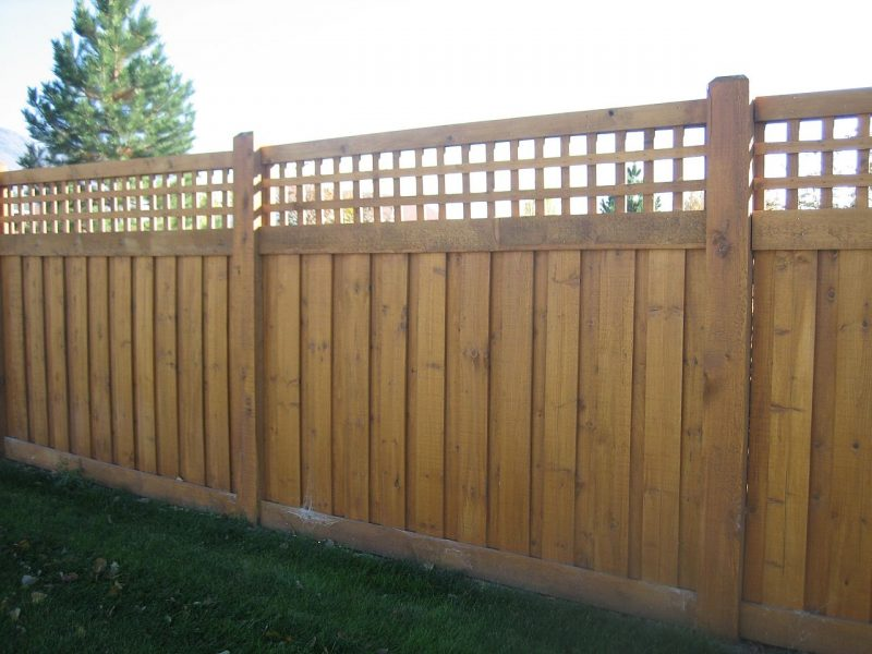 Wood fence company in Waxhaw