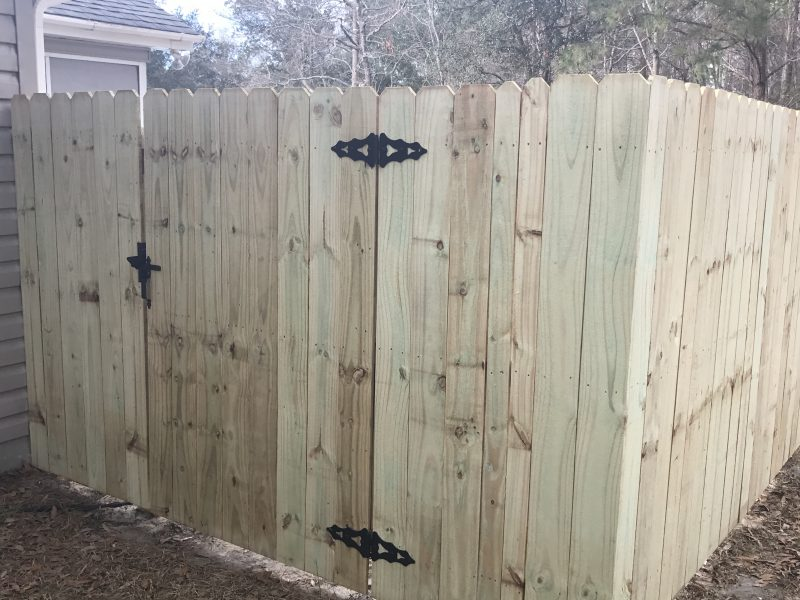 Affordable wood fence in Charlotte, Fort Mill, Waxhaw, and surrounding areas