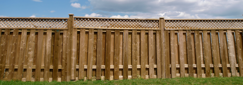 Wood fence company in Charlotte