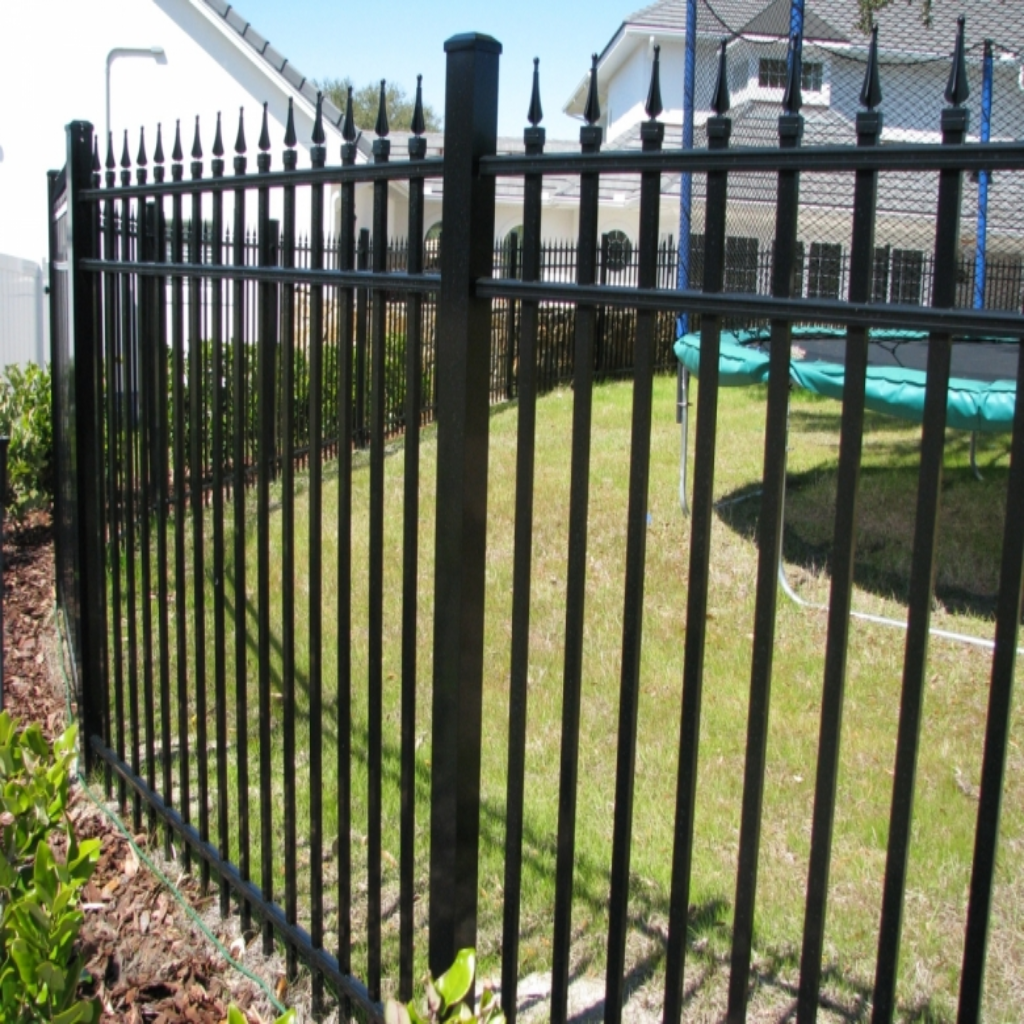 spear-top-aluminum-fence-charlotte-nc