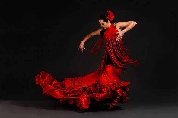 Amelia Moore, Flamenco dance