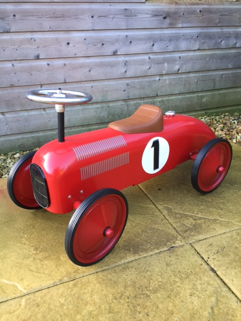 Retro racing car red ride on toy