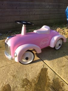 pink retro car ride on toy