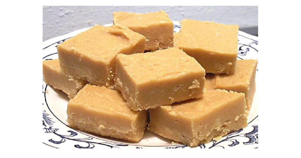 Easiest Peanut Butter fudge ever.