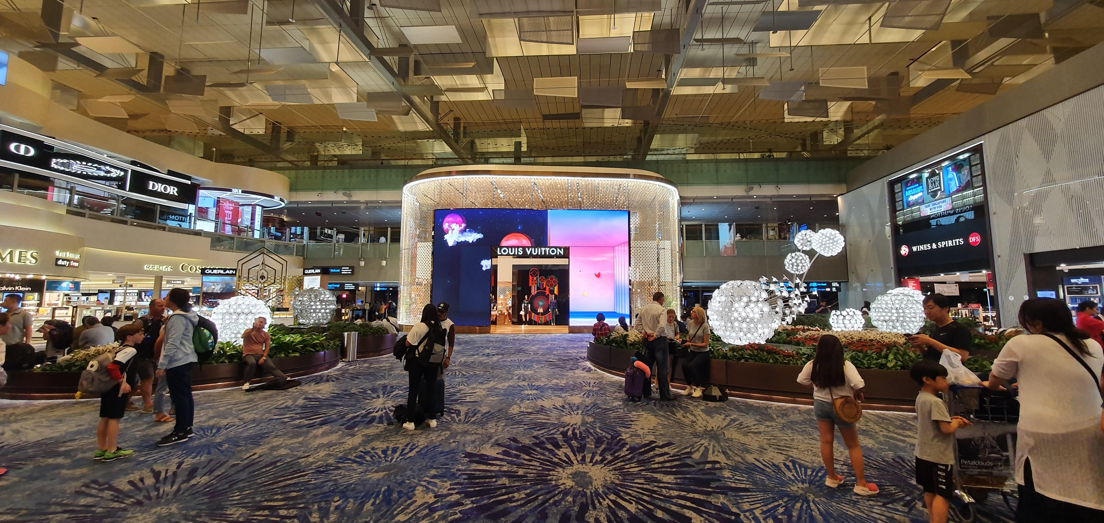 Changi Airport Terminal 3 - Transit Area