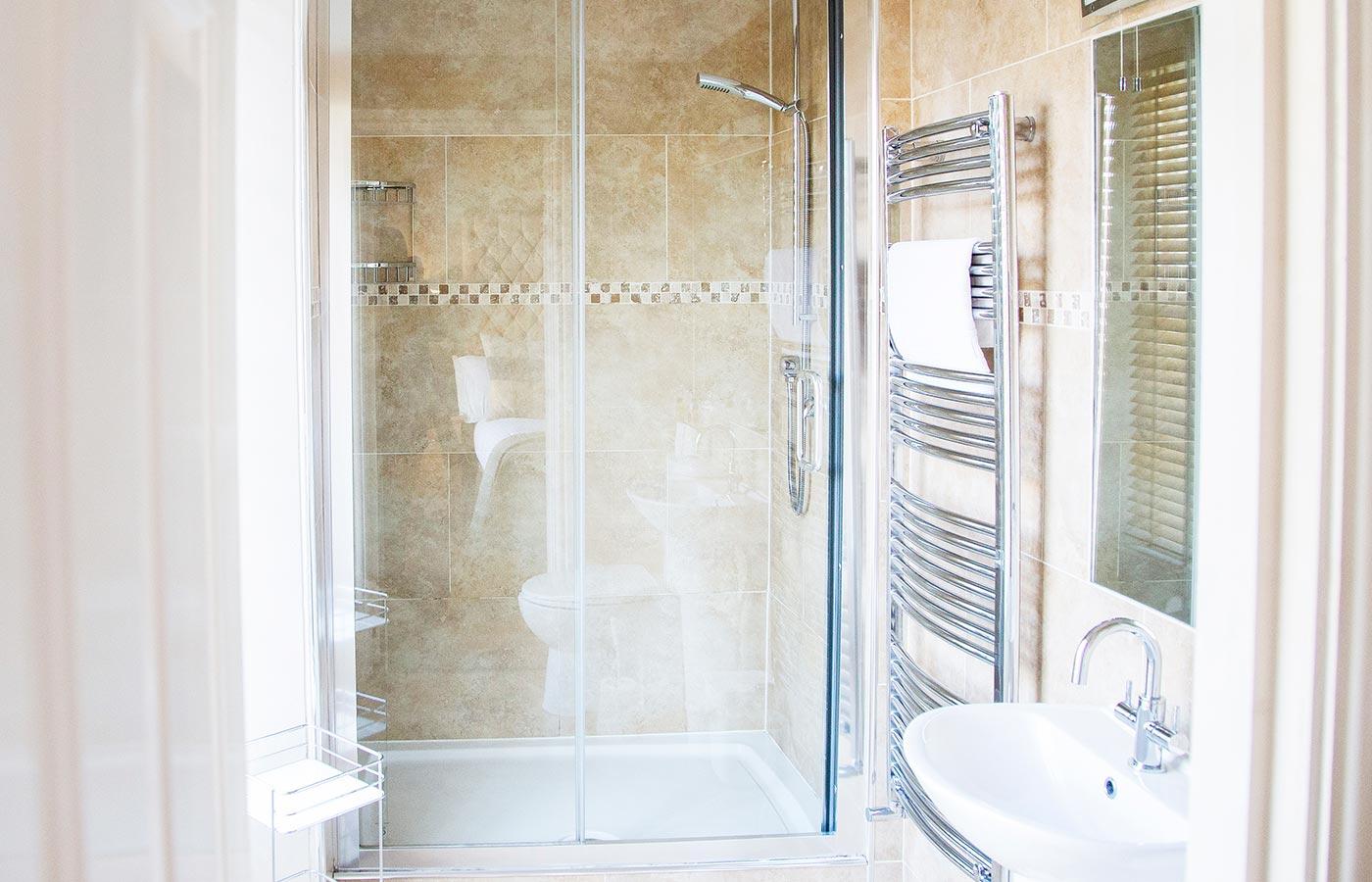 14x9-bathroom