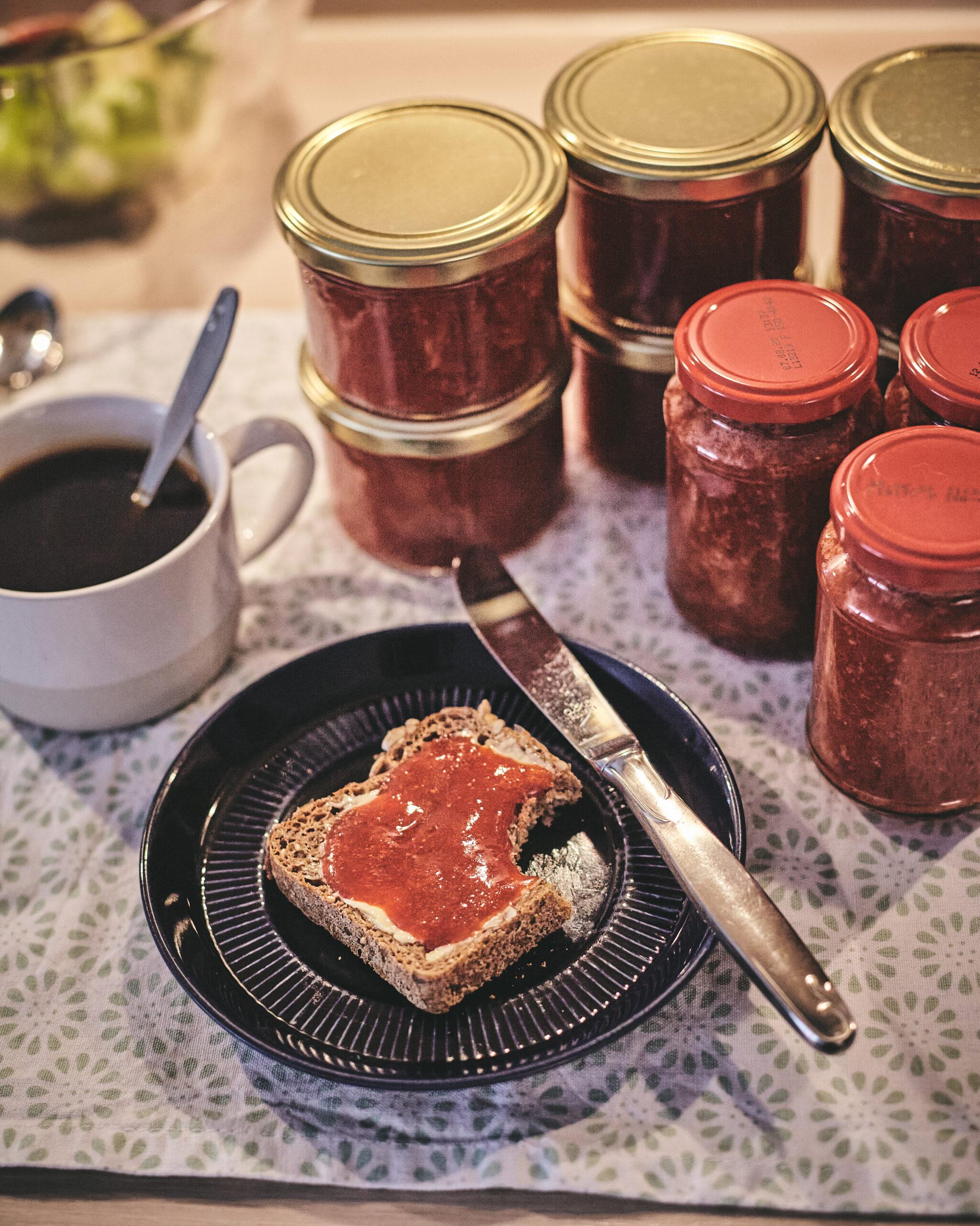 Erdbeermarmelade selbstgemacht Brot
