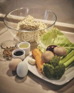 Gebratene Nudeln, Rezept, in Annas Küche, Mie Nudeln, asiatisch kochen, Imbiss, Fast Food,