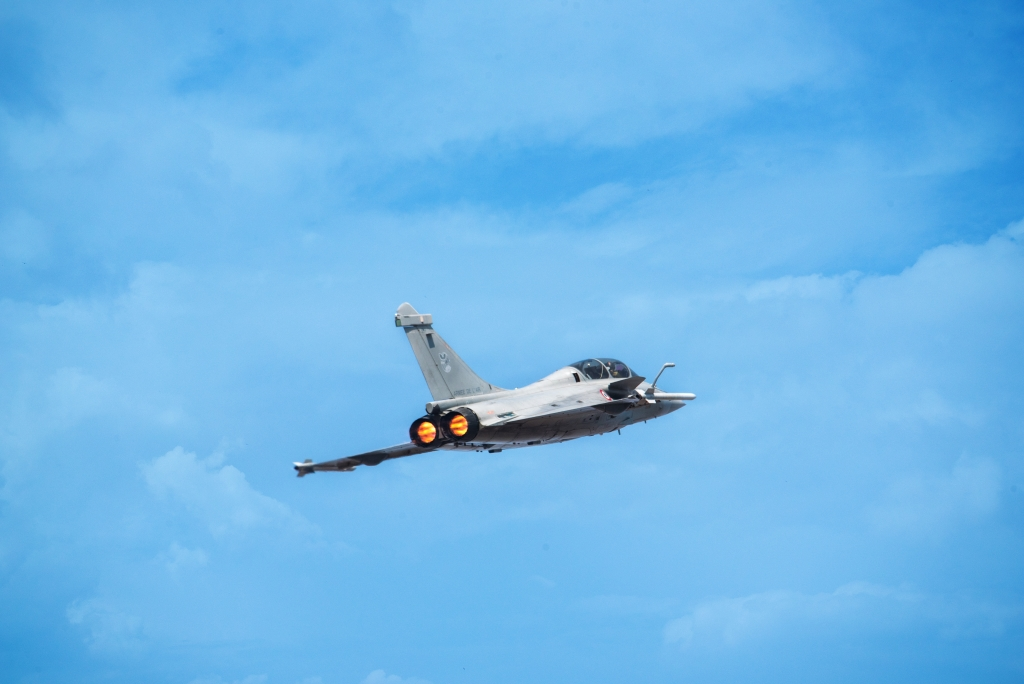 Dassault Rafale Frozen In Air