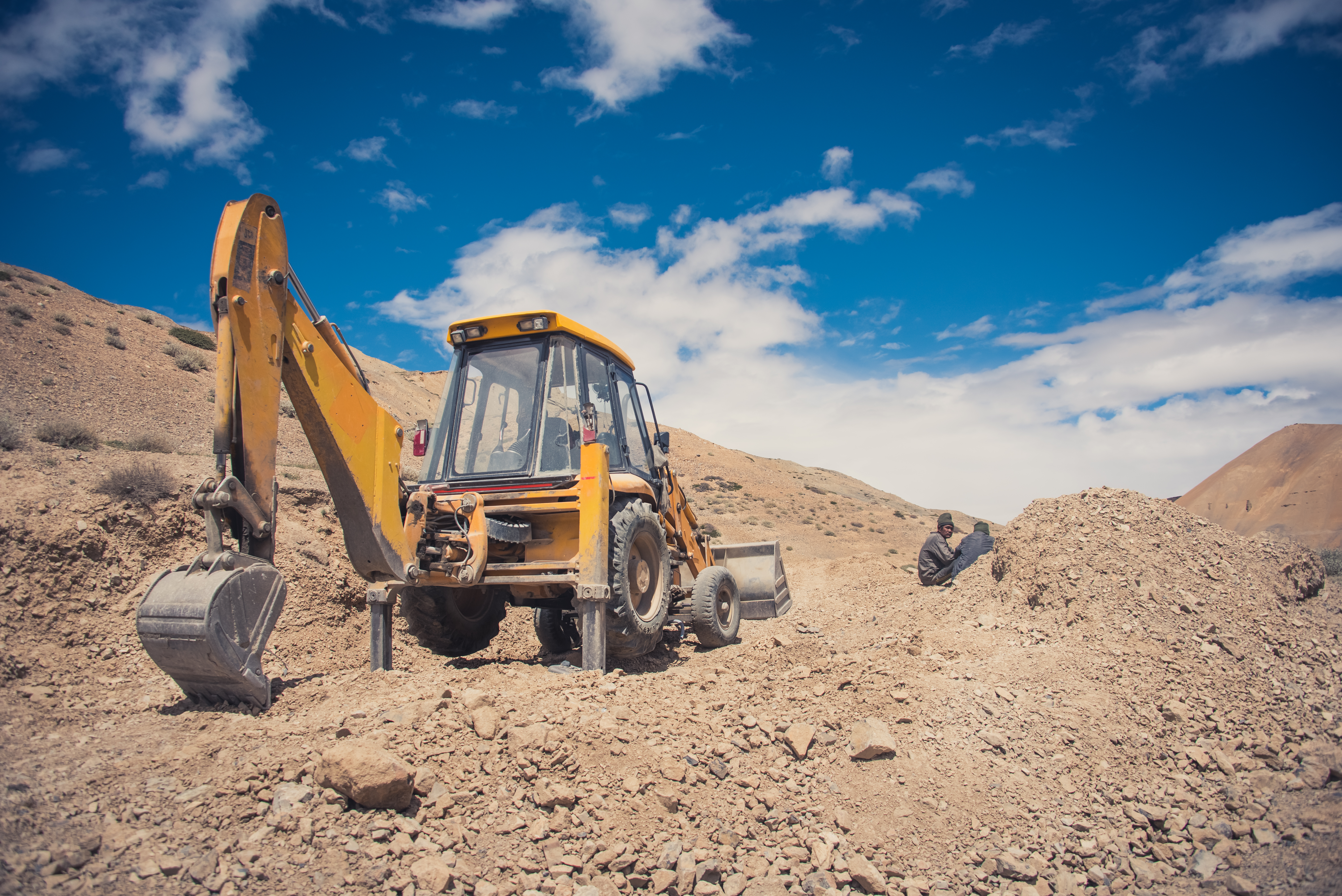 Earth Mover Takes A Lunch Break