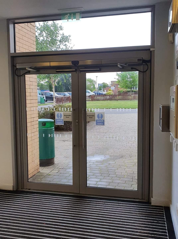 highcliffe-school.jpg