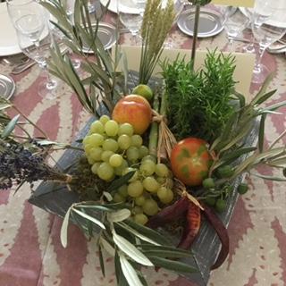 Centros boda con frutas